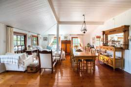 Llandudno Accommodation - Bosman Beach House