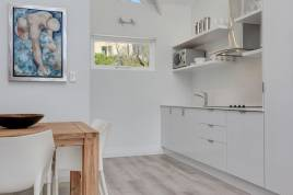 Holiday Apartments - Fulham Delight