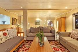 Melkbosstrand Accommodation - Harold Ashwell