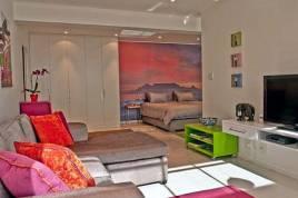 Holiday Apartments - 121 Ocean View Drive - Studio Apartment