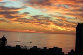 Holiday Apartments - 123 Ocean View Drive - Studio Apartment