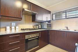 Holiday Apartments - Little Moorings 202