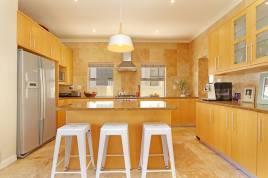 Sunset Beach Accommodation - Sunset Village Estate