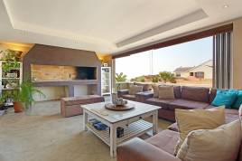 Blouberg Holiday Rentals - Strand Street