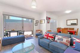 Accommodation in Cape Town - B2 Etna Veiws