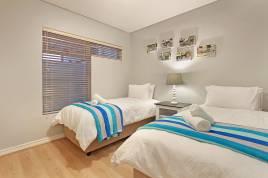 Blouberg Holiday Rentals - Seaside Village L22