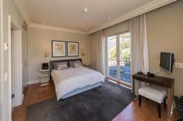 Green Point Accommodation - Cape Royale 414