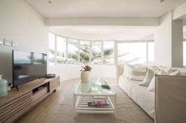 Holiday Apartments - 17 Norfolk Blanc Apartment
