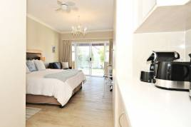 Holiday Apartments - The Gables Guest House