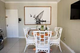 Cape Town Accommodation - Central Cape Town Gem