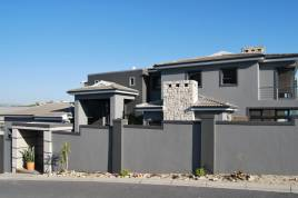 Cape Town Accommodation - Luxury Mountain View Villa