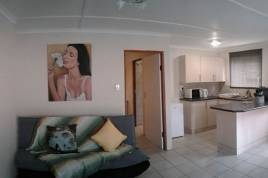 Swellendam Accommodation - On Main Luxury Self Catering