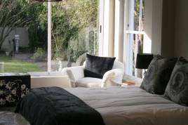 Constantia Accommodation - Firgrove Cottage