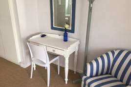 Holiday Apartments - A Whale of A Time 4 Bed
