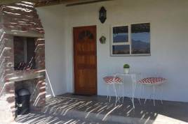 Holiday Apartments - Klein Eikeboom Cottages