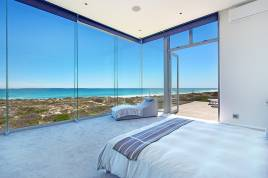 Bloubergstrand Accommodation - On The Beach