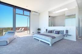 Blouberg Holiday Rentals - On The Beach