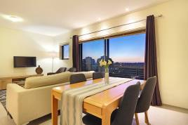 Holiday Apartments - Manhattan Suites 703