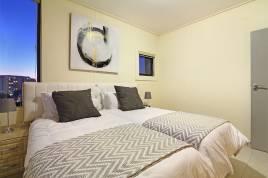 Blouberg Holiday Rentals - Manhattan Suites 703