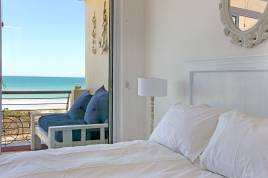 Blouberg Holiday Rentals - Leisure Bay 205