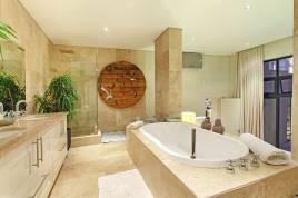 Clifton Accommodation -  - Villa Larimar