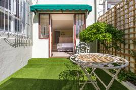 Accommodation in Cape Town - Vesper Apartments - Studio Apartment 4
