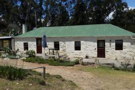 George Accommodation - Over the Mountain Self Catering Guest Farm