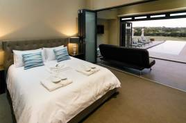 Holiday Apartments - Sonas Boutique Self Catering Guest House