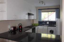 Holiday Apartments - 9 Cap Du Mont