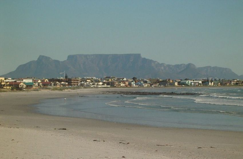 Melkbosstrand Self Catering Accommodation in Holiday Homes and Apartments