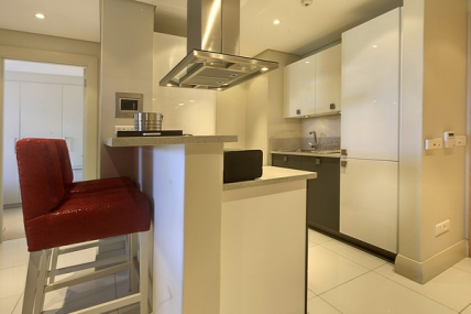 Cape Town Waterfront Accommodation - Lawhill Luxury Apartments
