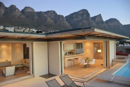 Holiday in Camps Bay - - BV - Penthouse 1