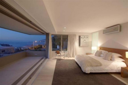 Holiday in Camps Bay - - BV - Penthouse 2