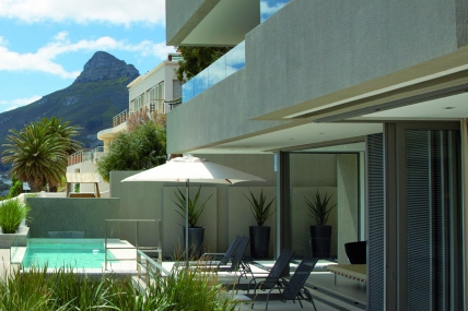 Holiday in Camps Bay - - BV - Residence
