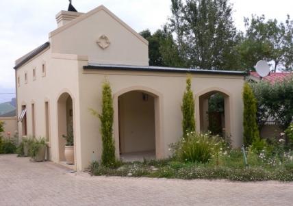 Holiday Apartments - Petit Plaisir Cottage