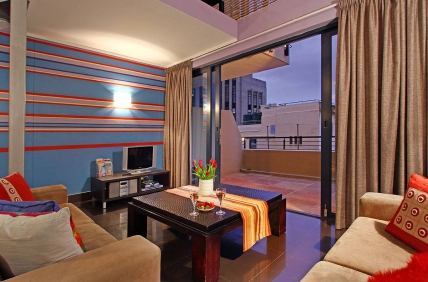 Cape Town City Bowl Accommodation - Adderley Terraces J15