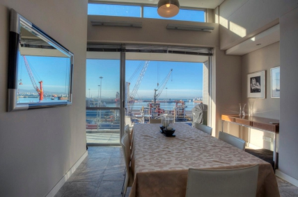 Cape Town Waterfront Accommodation - 515 Harbour Bridge