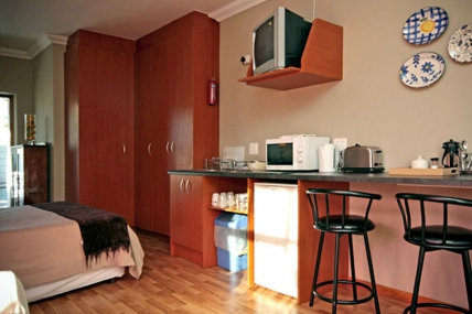 Holiday Apartments - SS - Bachelor Apartment