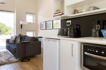 Holiday Apartments - QT - Two Bedroom Apartment