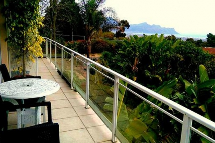 Holiday Apartments - RLA - Upper Terrace 1