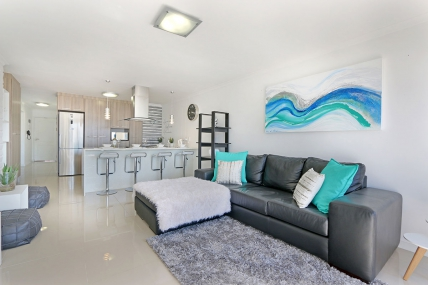 Holiday Apartments - Azure 212