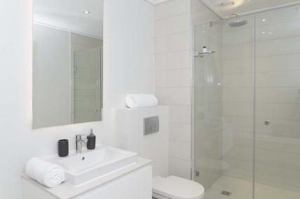 Cape Town City Bowl Accommodation - 2012 Triangle Luxury Suites