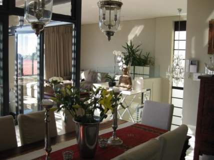 Cape Town City Bowl Accommodation - Aandbloem Residence